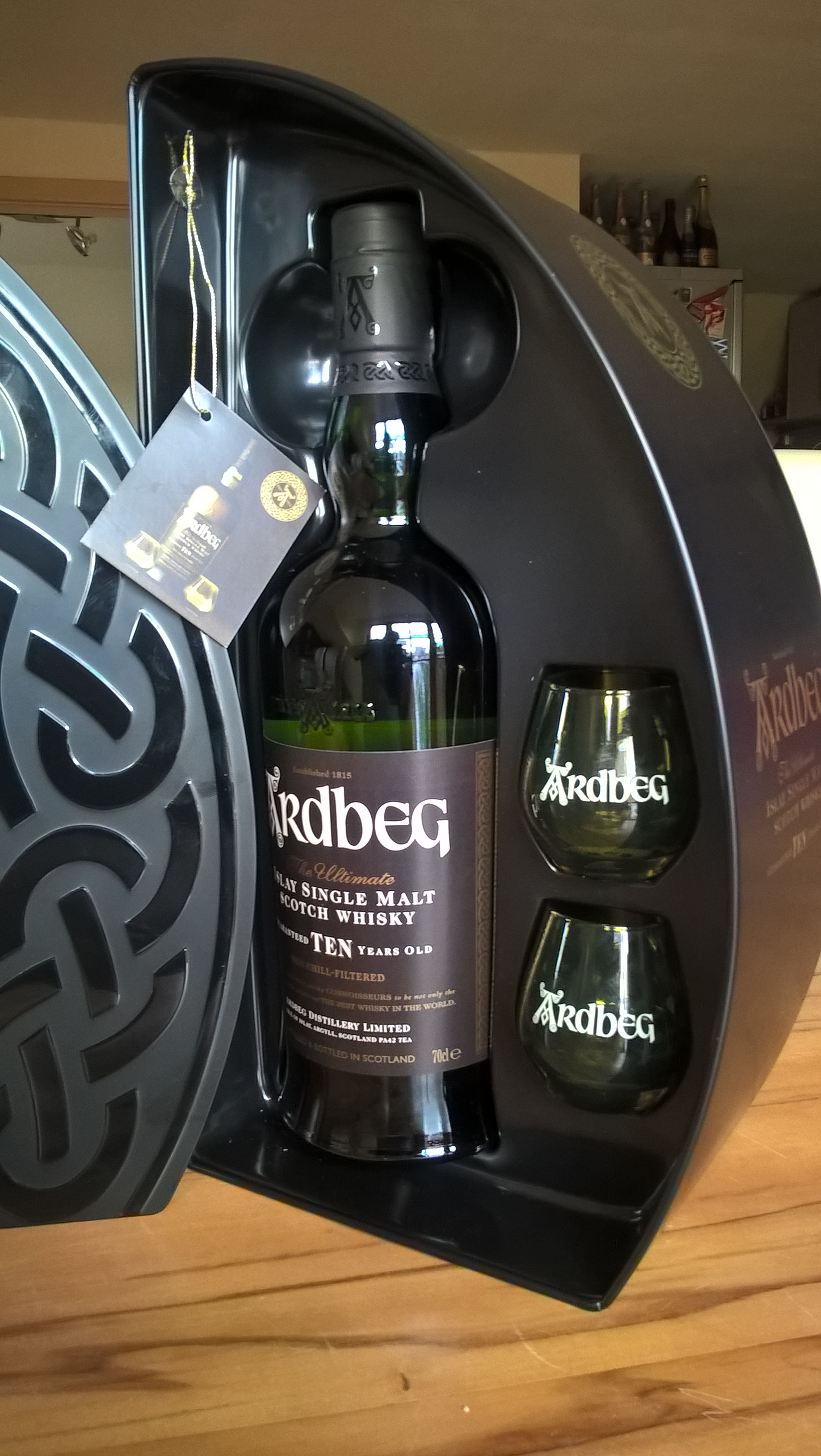 Ardbeg TEN 10 limited release slowdrink